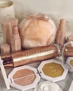lebeautypage – Make Up Lieferungen Makeup Items, Makeup Brands, Best Makeup Products, Makeup Goals, Makeup Inspo, Makeup Inspiration, Makeup Kit, Beauty Make-up, Beauty Skin