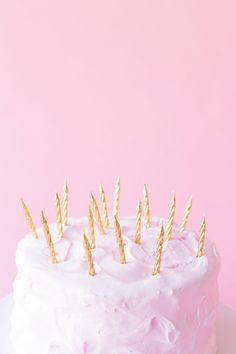 The Ultimate Guide to Birthday Candles - Studio DIY