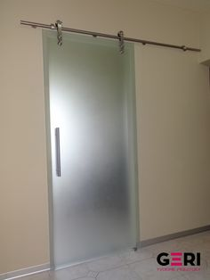 Sklenené dvere posuvné na pohľadovom celonerezovom systeme, Lučenec