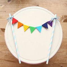 Livraison gratuite arc - en - drapeaux et bannières hauts de forme de petit gâteau gâteau d'anniversaire Topper enfants anniversaire Party Supplies Baby Shower fille
