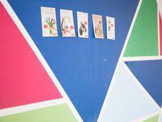 Tutoriale DIY: Cómo pintar la pared con un diseño geométrico vía DaWanda.com