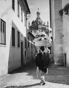 Portugal, Coimbra 1954 by Jean Dieuzaide. Learn Fine Art Photography - https://www.udemy.com/fine-art-photography/?couponCode=Pinterest22