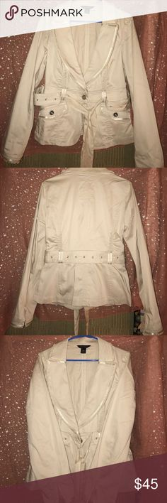 White House Black Market size 10 Blazer, EUC Beautiful, elegant but simple, light blazer by White House Black Market size 10, 2 front pockets, silver buttons, gathered in front and back has a tie around belt and one single button closure in front, very nice,EUC, kinda beige or taupe in color not white but light color, satin trim and satin ruffle trim on sleeve ends,🚬🐱🏡💖accepting reasonable offers💖 White House Black Market Jackets & Coats Blazers