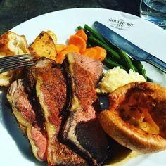 The MOST incredible Sunday Roast I have had in a very long time  Thank you @thegoudhurstinn #TheGoudhurstInn #sundaylunch #sunday #lunch #kent #countryside #yum #sundayroast #roastdinner #roastbeef #pub #pubfood #publunch #sunnyweekend #happyweekend #gorgeous #weekendfood #yorkshirepudding #beef #sogood #willbeback #foodie #foodblogger