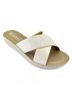 6b85c2c05 Женские шлепанцы: лучшие изображения (12)   Flip flop sandals, Flip ...