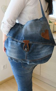 Denim Ideas, Kids Bags, Small Bags, Boho Fashion, Pouch, Couture, Dresses, Jean Bag, Craft Papers