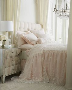 Adding That Perfect Gray Shabby Chic Furniture To Complete Your Interior Look from Shabby Chic Home interiors. Shabby Chic Bedrooms, Shabby Chic Homes, Shabby Chic Furniture, Shabby Chic Decor, Romantic Bedrooms, Small Bedrooms, Shabby Cottage, Guest Bedrooms, Home Bedroom