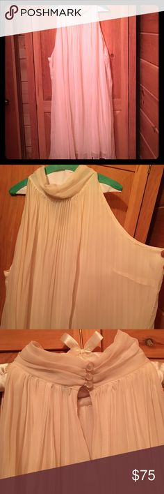 """Madison Paige II Vintage Cream Pleated Dress  Madison Paige II Woman's plus size 22/24 sleeveless, cream, knee length (on a 5'2"""" person), pleated, bridal/formal dress. Beautiful, never got a chance to wear it. It has been dry cleaned, for your convenience. Has that flapper vibe from the 1920s. Cute little dress, you will turn heads with the right accessories! No trades on this item. All reasonable offers will be considered. Madison Paige II Dresses Midi"""