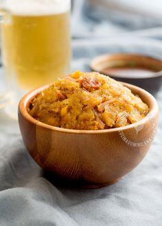 Receta Mofongo: plato delicioso hecho a base de plátanos fritos, majados y a los que se agrega ajo y se majan hasta formar una bola y se sirve en un pilón.