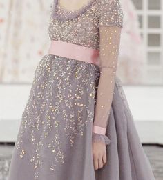 sparkles...I wanna wear this when I get pregnant! lol maybe one day!!!