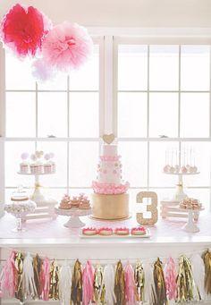 Sparkly Pink & Gold Birthday Party // Hostess with the Mostess® Pink Gold Party, Pink And Gold Birthday Party, Golden Birthday, 3rd Birthday Parties, Pastel Party, Birthday Ideas, Princess Birthday, Girl Birthday, Lila Baby