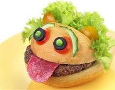 Resultado de imagen para kanapki dla dzieci Fruit Decorations, Food Art, Hamburger, Sandwiches, Food And Drink, Ethnic Recipes, Health, Blog, Joyful