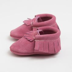 These tiny little FreshlyPicked baby/toddler mocs?  I die.  Their colors are amazing!  (Bubble Gum Suede - Limited Edition Leather Moccasins)
