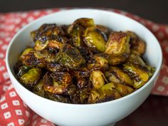 This savory and delicious side dish is a great way to disguise a healthy vegetable! Healthy Food Choices, Healthy Eating Recipes, Cooking Recipes, Healthy Meals, Side Dish Recipes, Asian Recipes, Fancy Recipes, Yummy Recipes, French Tips