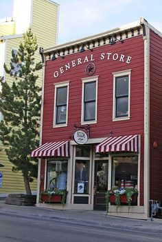What Nora & Ned's General Store might look like in fictional Ruby, MO | Story inspiration #HERHOPEDISCOVERED