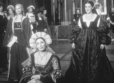 Still of Anjelica Huston, Melanie Lynskey and Megan Dodds in För evigt - En askungesaga