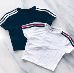 Discover recipes, home ideas, style inspiration and other ideas to try. Crop Top Outfits, Cute Casual Outfits, Stylish Outfits, Summer Outfits, Girls Fashion Clothes, Teen Fashion Outfits, Girl Outfits, Mode Swag, Jugend Mode Outfits
