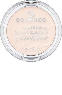 Das essence mattifying compact powder pastel beige 11 zaubert einen makellos mattierten Teint. Die seidig-glatte Textur lässt sich leicht auftragen. Für...