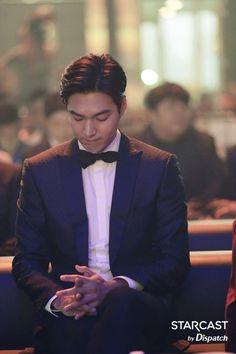 Lee Min Ho, article in English. New Actors, Actors & Actresses, Korean Celebrities, Korean Actors, Perfect Man, A Good Man, Lee Min Ho Photos, City Hunter, Korean People