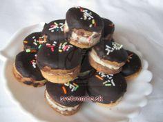 Kolieska s orechovým snehom Biscotti, Doughnut, Cheesecake, Cookies, Food, Basket, White Chocolate, Ginger Beard, Biscuits