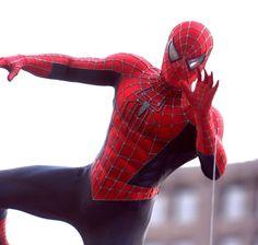 Spiderman 2002, Spiderman Sam Raimi, Spider Man Trilogy, Amazing Fantasy 15, Spectacular Spider Man, Dark Drawings, Iconic Characters, Spider Verse, Marvel Art