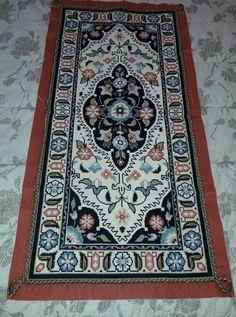Cross Stitches, Bohemian Rug, Embroidery, Rugs, Craftsman Decor, Punto De Cruz, Dots, Needlepoint, Farmhouse Rugs