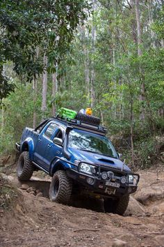 Hilux - MT Claws