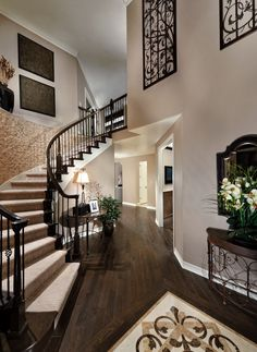 super awesome design your own home website. http://designyourownhome.com/ i picked the bella!