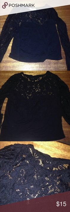 67239817109 American Eagle Crop Top Full lace sleeves