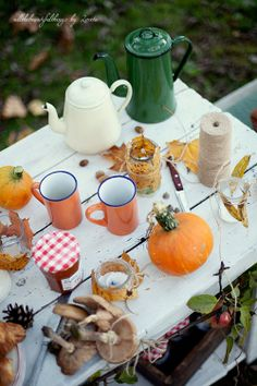 autumn tea party - tea, hot apple cider & pumpkin baked into EVERYTHING (cookies, muffins, cupcakes...) ... hmm... :)