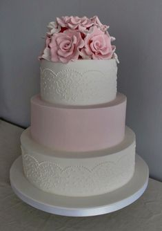 dusky pink lace piped wedding cake with edible roses Pastel Wedding Cakes, 3 Tier Wedding Cakes, Luxury Wedding Cake, Amazing Wedding Cakes, Elegant Wedding Cakes, Wedding Cakes With Flowers, Wedding Cake Designs, Wedding Cake Toppers, Amazing Cakes