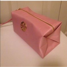 """NWOT cosmetic bag NWOT cosmetic bag size 3.5""""x7"""" Accessories"""