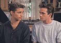 Jason Priestly and Luke Perry, well coifed Brandon Walsh, 90210 Fashion, Jason Priestley, Beverly Hills 90210, Cinema, Papi, Cute Guys, Pretty Boys, Pretty People