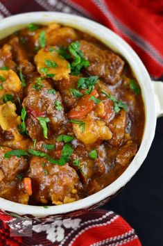 Hungarian veal gulas – Famous Last Words Quick Recipes, Beef Recipes, Cooking Recipes, Healthy Recipes, Good Food, Yummy Food, Hungarian Recipes, Romanian Recipes, Romanian Food