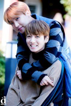 J-Hope and Jungkook ❤ BTS HD photo shoot outside Big Hit Entertainment (dispatch) #BTS #방탄소년단