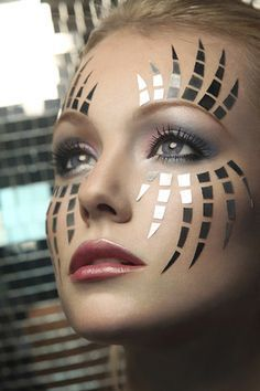 Makeup Ideas Fairy Eye Make Up 37 Ideas Make-up-Ideen Fairy Eye Make-up 37 Ideen Robot Makeup, Makeup Art, Beauty Makeup, Makeup Ideas, Beauty Art, Kids Makeup, Makeup Tools, Helloween Make Up, Futuristic Makeup