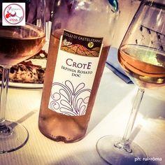 Parlatemi di Vino... Crote, Irpinia Rosato DOC, Castelfranci, Campania. #Crote #castelfranci #Irpinia #DOC #rosato #rosé #Campania #aglianico #italianwine #vinoitaliano #wine #winelover #italy #drink #vino #instagood #style #excellent #instawine  #winespectrum #winetourist  #solocosebuone #vivino #ruiroma #parlatemidivino https://www.facebook.com/parlatemidivino
