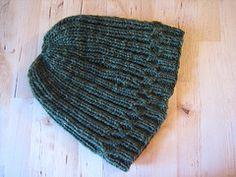 Ravelry: Jesse's Christmas Hat pattern by Elspeth Kursh
