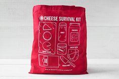Cheese Survival Kit. Um kit completo para amantes de queijo. Criativo!
