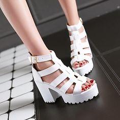 Calçados Femininos - Sandálias - Saltos / Plataforma - Salto Grosso - Preto…