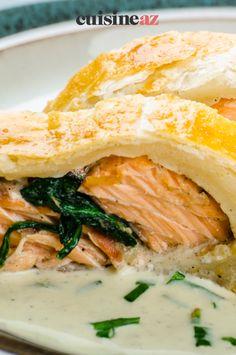 Un roulé au saumon et épinards est un plat au Thermomix prêt en moins d'une heure. #recette#cuisine#saumon#epinard #robot #robotculinaire #thermomix Robot, Gourmet, Cooking Recipes, Healthy Meals, Dish, Thermomix, Robots