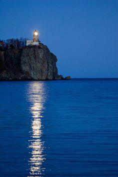 Splitrock Lighthouse by Russell Welke, via 500px