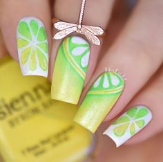 Love this yellow, green & white citrus manicure by @urbannailart using the Mitty Candy 00 Nail Art Brush! Find it at snailvinyls.com for quick shipping!
