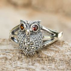 Marcasite and garnet cocktail ring, 'Little Owl' - Thai Garnet and Marcasite Sterling Silver Cocktail Ring Mommy Jewelry, Owl Jewelry, Jewelry Rings, Jewelry Design, Jewelry Ideas, Golden Jewelry, Silver Jewelry, Silver Earrings, Silver Bracelets
