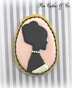 Cameo Wedding Cookies