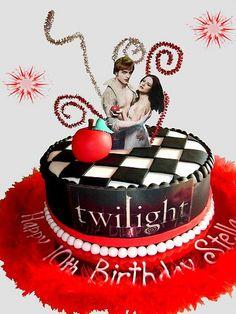 My Favorite Twilight Saga Cakes Twilight Cake, Twilight Poster, Twilight Movie, Movie Theme Cake, Movie Cupcakes, Beautiful Cakes, Amazing Cakes, Birthday Cakes For Teens, Teen Birthday