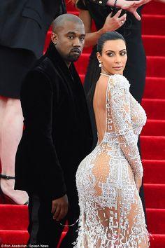 Kanye West wears his OWN fashion range for Venice Biennale outing Kim Kardashian Blazer, Kim Kardashian Swimsuit, Estilo Kardashian, Kim Kardashian And Kanye, Kim And Kanye, Kardashian Style, Kanye West, Kim Kadarshian, Anna Wintour