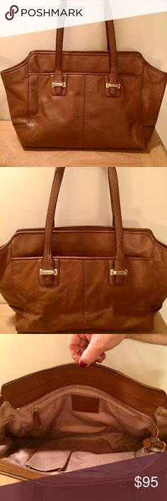 Coach Taylor Leather Alexis Caryall Coach Taylor Leather Alexis Caryall - Brown. This very cute tote is in great condition and perfect for carrying everything you need. Two outer pockets, zipper closure. Zip and slide inner pockets. Let me know if you have any questions :) Coach Bags Totes