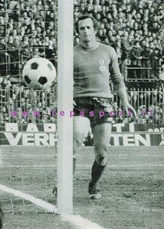 ACF Fiorentina Franco Superchi ... ⚽️ C'ero anch'io ... https://www.casatepa.it/  Made in Italy dal 1952 #tepasport #sneakers #madeinitaly #weareback