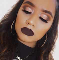 Half cut crease using Jaclyn Hill X Morphe Eyeshadow Palette and dark bold lips for this makeup look TUTORIAL ON MY CHANNEL